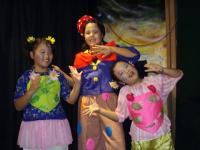 Three chorus gals (Aozora, Risako, Mayuko)